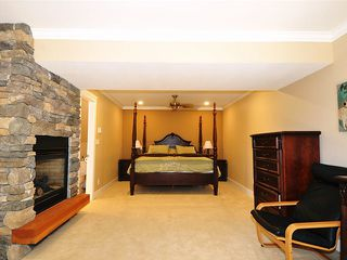 "Photo 7: 20480 THORNE Avenue in Maple Ridge: Southwest Maple Ridge House for sale in ""WEST MAPLE RIDGE"" : MLS®# V1132632"