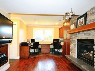 "Photo 11: 20480 THORNE Avenue in Maple Ridge: Southwest Maple Ridge House for sale in ""WEST MAPLE RIDGE"" : MLS®# V1132632"