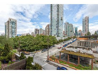 "Photo 13: 601 1500 HOWE Street in Vancouver: Yaletown Condo for sale in ""THE DISCOVERY"" (Vancouver West)  : MLS®# V1136345"