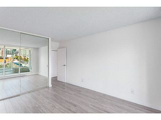 """Photo 7: 601 1500 HOWE Street in Vancouver: Yaletown Condo for sale in """"THE DISCOVERY"""" (Vancouver West)  : MLS®# V1136345"""