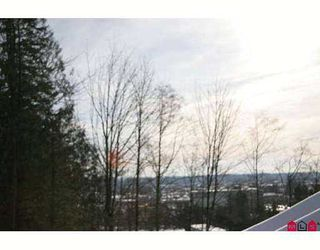"""Photo 9: 20350 68TH Ave in Langley: Willoughby Heights Townhouse for sale in """"SUNRIDGE"""" : MLS®# F2622048"""