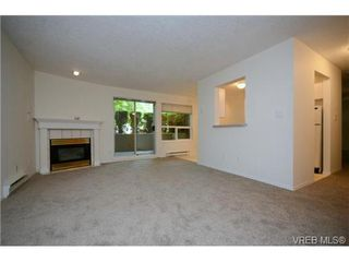 Photo 4: 108 899 Darwin Ave in VICTORIA: SE Swan Lake Condo for sale (Saanich East)  : MLS®# 733191