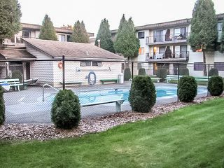 "Photo 11: 421 1909 SALTON Road in Abbotsford: Central Abbotsford Condo for sale in ""FOREST VILLAGE"" : MLS®# R2077024"