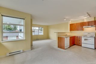 "Photo 10: 411 6508 DENBIGH Avenue in Burnaby: Forest Glen BS Condo for sale in ""OAKWOOD"" (Burnaby South)  : MLS®# R2085084"