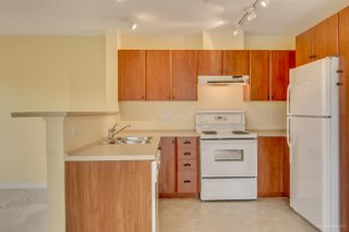 "Photo 11: 411 6508 DENBIGH Avenue in Burnaby: Forest Glen BS Condo for sale in ""OAKWOOD"" (Burnaby South)  : MLS®# R2085084"