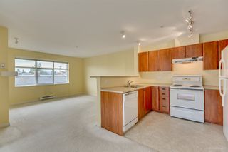 "Photo 12: 411 6508 DENBIGH Avenue in Burnaby: Forest Glen BS Condo for sale in ""OAKWOOD"" (Burnaby South)  : MLS®# R2085084"