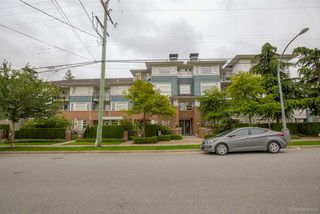 "Photo 1: 411 6508 DENBIGH Avenue in Burnaby: Forest Glen BS Condo for sale in ""OAKWOOD"" (Burnaby South)  : MLS®# R2085084"