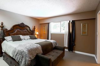 Photo 9: 13181 INVERNESS Place in Surrey: Queen Mary Park Surrey House for sale : MLS®# R2092554