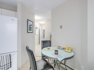 """Photo 19: 301 2189 W 42ND Avenue in Vancouver: Kerrisdale Condo for sale in """"GOVERNOR POINT"""" (Vancouver West)  : MLS®# R2098848"""