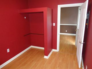 Photo 4: 241 CARIBOO Avenue in Hope: Hope Center House for sale : MLS®# R2104090