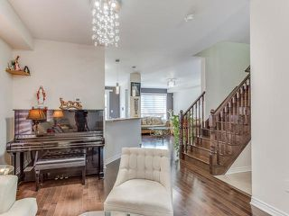 Photo 15: 12 Meadowcrest Lane in Brampton: Northwest Brampton House (2-Storey) for sale : MLS®# W3610470