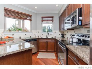 Photo 8: 306 755 Goldstream Ave in VICTORIA: La Langford Proper Condo Apartment for sale (Langford)  : MLS®# 743728