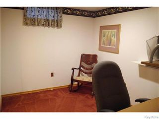 Photo 17: 37 Santa Clara Crescent in Winnipeg: Waverley Heights Residential for sale (1L)  : MLS®# 1626853