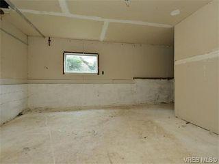 Photo 15: 1110 Topaz Ave in VICTORIA: Vi Hillside House for sale (Victoria)  : MLS®# 745504
