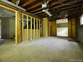 Photo 16: 1110 Topaz Ave in VICTORIA: Vi Hillside House for sale (Victoria)  : MLS®# 745504