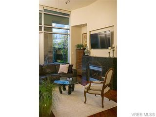 Photo 4: N101 737 Humboldt St in VICTORIA: Vi Downtown Condo for sale (Victoria)  : MLS®# 745941