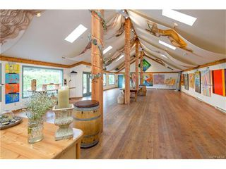 Photo 2: 11195 Chalet Road in NORTH SAANICH: NS Deep Cove Single Family Detached for sale (North Saanich)  : MLS®# 372429