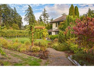 Photo 3: 11195 Chalet Road in NORTH SAANICH: NS Deep Cove Single Family Detached for sale (North Saanich)  : MLS®# 372429