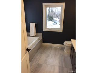 Photo 13: 409 Scotswood Drive South in Winnipeg: Charleswood Residential for sale (1G)  : MLS®# 1701295