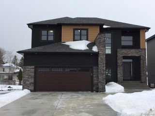 Photo 1: 409 Scotswood Drive South in Winnipeg: Charleswood Residential for sale (1G)  : MLS®# 1701295