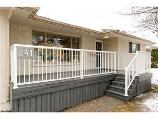Photo 2: 241 Gilmore Avenue in Winnipeg: North Kildonan Residential for sale (3G)  : MLS®# 1703377
