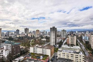 """Photo 15: 2005 1028 BARCLAY Street in Vancouver: West End VW Condo for sale in """"PATINA"""" (Vancouver West)  : MLS®# R2149030"""