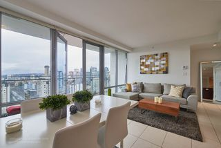 """Photo 1: 2005 1028 BARCLAY Street in Vancouver: West End VW Condo for sale in """"PATINA"""" (Vancouver West)  : MLS®# R2149030"""