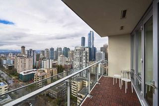 """Photo 13: 2005 1028 BARCLAY Street in Vancouver: West End VW Condo for sale in """"PATINA"""" (Vancouver West)  : MLS®# R2149030"""