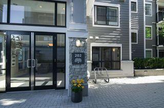 "Photo 16: 301 202 LEBLEU Street in Coquitlam: Maillardville Condo for sale in ""MACKIN PARK"" : MLS®# R2180472"