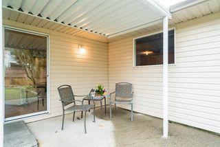 "Photo 5: 1952 128 Street in Surrey: Crescent Bch Ocean Pk. House for sale in ""OCEAN OARK/W.SUNNYSIDE"" (South Surrey White Rock)  : MLS®# R2180856"