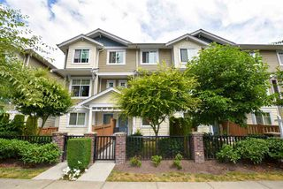 "Main Photo: 29 16355 82 Avenue in Surrey: Fleetwood Tynehead Townhouse for sale in ""LOTUS"" : MLS®# R2187191"