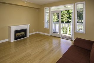 "Photo 2: 10 4388 MONCTON Street in Richmond: Steveston South Townhouse for sale in ""IMPERIAL LANDING"" : MLS®# R2188029"