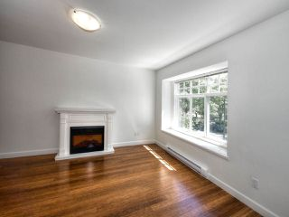 Photo 2: 265 E 46TH Avenue in Vancouver: Main House for sale (Vancouver East)  : MLS®# R2188878