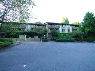 "Main Photo: 113 14945 100 Avenue in Surrey: Guildford Condo for sale in ""Forest Manor"" (North Surrey)  : MLS®# R2198225"