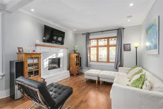 Photo 4: 1271 E 23RD Avenue in Vancouver: Knight House for sale (Vancouver East)  : MLS®# R2218318