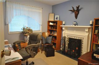 Photo 18: 6225 Pat Bay Hwy in VICTORIA: CS Martindale House for sale (Central Saanich)  : MLS®# 779030