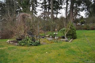 Photo 4: 6225 Pat Bay Hwy in VICTORIA: CS Martindale House for sale (Central Saanich)  : MLS®# 779030