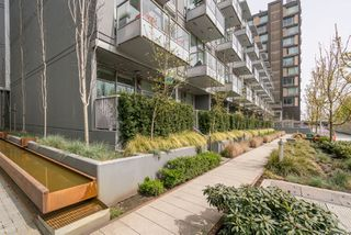 "Photo 2: 146 E 1ST Avenue in Vancouver: Mount Pleasant VE Condo for sale in ""Meccanica"" (Vancouver East)  : MLS®# R2259296"