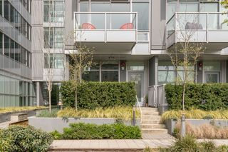 "Photo 1: 146 E 1ST Avenue in Vancouver: Mount Pleasant VE Condo for sale in ""Meccanica"" (Vancouver East)  : MLS®# R2259296"