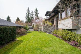 "Photo 35: 3895 SUNNYCREST Drive in North Vancouver: Edgemont House for sale in ""EDGEMONT"" : MLS®# R2259581"