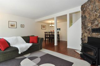 "Photo 3: 42 3190 TAHSIS Avenue in Coquitlam: New Horizons Townhouse for sale in ""New Horizons Estates"" : MLS®# R2262237"