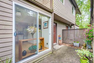 """Photo 4: 8122 FOREST GROVE Drive in Burnaby: Forest Hills BN Townhouse for sale in """"THE HENLEY ESTATES"""" (Burnaby North)  : MLS®# R2288283"""