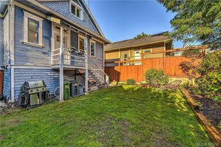 Photo 3: 835 Bay Street in VICTORIA: Vi Central Park Single Family Detached for sale (Victoria)  : MLS®# 395796