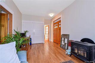 Photo 17: 835 Bay Street in VICTORIA: Vi Central Park Single Family Detached for sale (Victoria)  : MLS®# 395796
