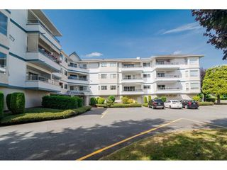 Photo 2: 206 5377 201A Street in Langley: Langley City Condo for sale : MLS®# R2296545