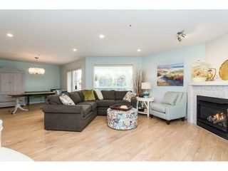 Photo 5: 206 5377 201A Street in Langley: Langley City Condo for sale : MLS®# R2296545