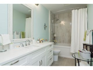 Photo 15: 206 5377 201A Street in Langley: Langley City Condo for sale : MLS®# R2296545