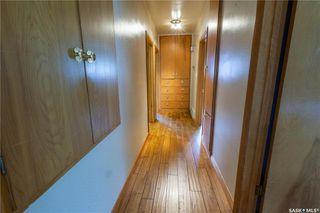 Photo 19: 220 Lake Crescent in Saskatoon: Grosvenor Park Residential for sale : MLS®# SK744275