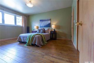 Photo 22: 220 Lake Crescent in Saskatoon: Grosvenor Park Residential for sale : MLS®# SK744275
