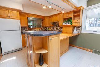 Photo 13: 220 Lake Crescent in Saskatoon: Grosvenor Park Residential for sale : MLS®# SK744275